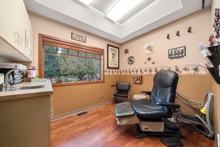 FASA Centralia Interior Patient room